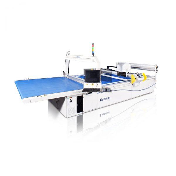 Machine de découpe pour tissus